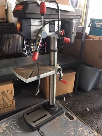 Photo Craftsman 12quot Drill Press - bench type - $145 (Anacortes)