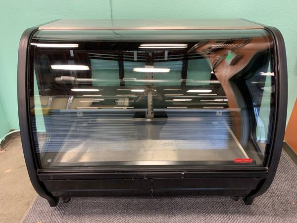 Photo Curved Glass Front Display Torrey Refrigerator - $850 (Bellingham)