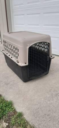 Photo Large dog crate - $50
