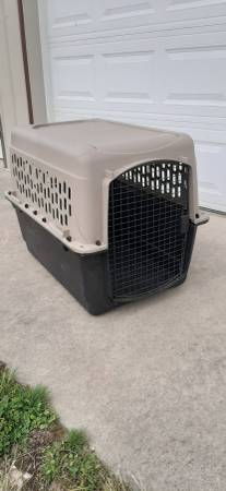 Photo Large dog crate - $50 (Sedro Woolley)