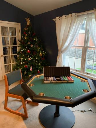 Photo Lighted Poker Table  8 Chairs - $200 (Whidbey Island)