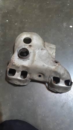 Photo Mazda b2000,b2200,b2600,exhaust manifold cover - $20 (Mount Vernon)