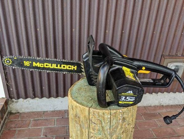 Photo McCulloch MC3616F 16-inch, 3.5 HP Electric Chainsaw Chain Saw - $25 (Camano Island)