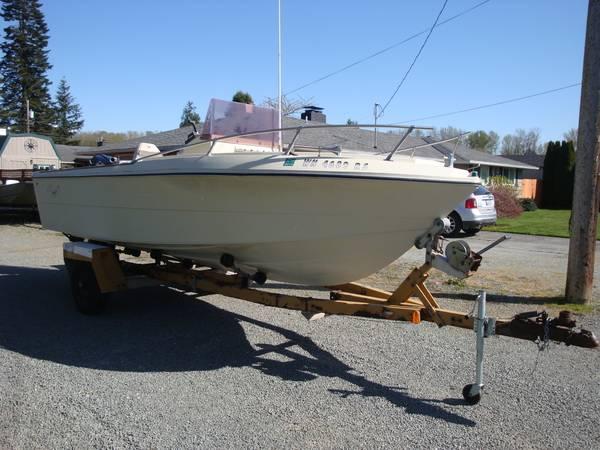 Photo Solid Center Console Boat Local - $6,300 (Burlington)