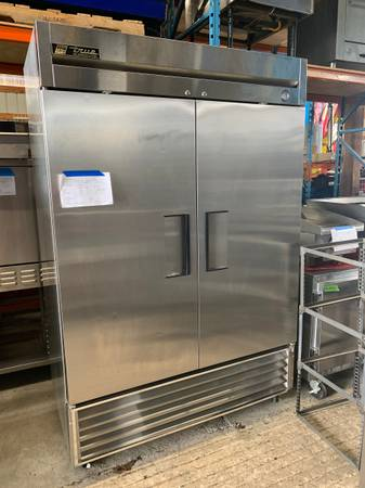 Photo True Stainless steel Double Door Refrigerator - $1500 (Bellingham)