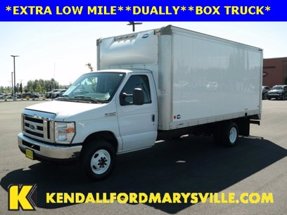 Photo Used 2017 Ford E-450 and Econoline 450 Super Duty for sale