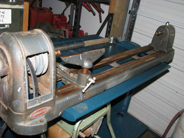 Photo Wood Lathe Craftsman - $75 (Burlington)