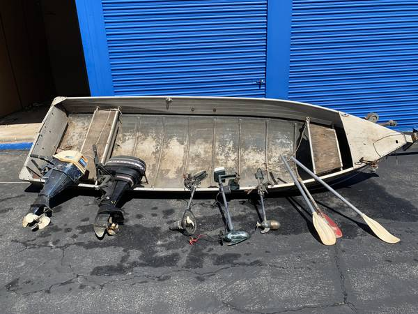 Photo 14 ft. Aluminum fishing boat - $550 (Atascadero)