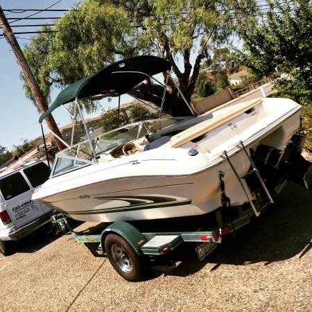 Photo 1999 Sea Ray Ski boat - $8000 (Santa Maria CA)