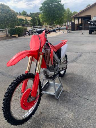 Photo 2004 crf 250r - $3,800 (Paso Robles)