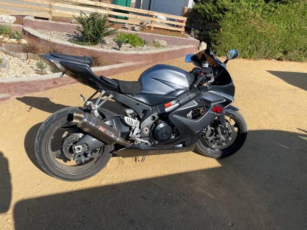 Photo 2006 Suzuki GSXR-1000 - $5,000 (Nipomo)