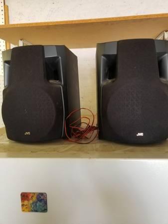 Photo 2 JVC speakers and 1 Panasonic - $10 (Grover Beach)