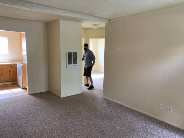 Photo 2 bk from Cal Poly  Private Room in 2 bed apt  Shared Bath  Parking (San Luis Obispo)