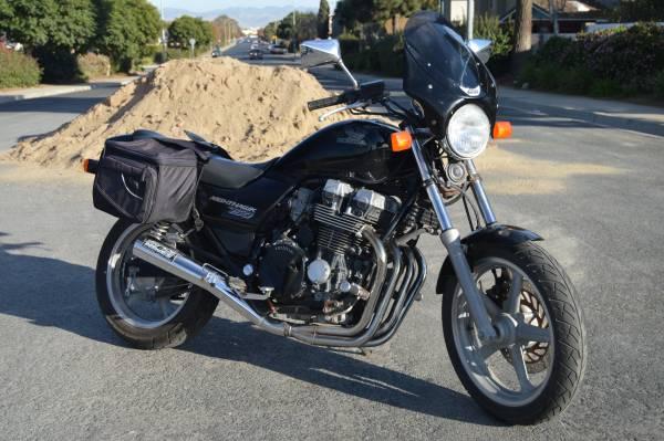 Photo 750 HONDA NIGHTHAWK - $2,900 (Santa Maria)