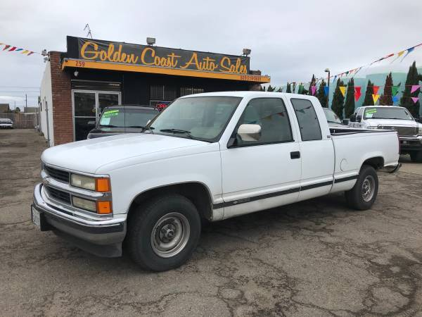 Photo 94 Chevy Silverado 1500 (Solid truck) - $2995 (Your Job Is Your Credit)