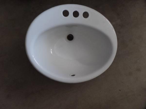 Photo Bathroom Sink - Kohler - $10 (Arroyo Grande)