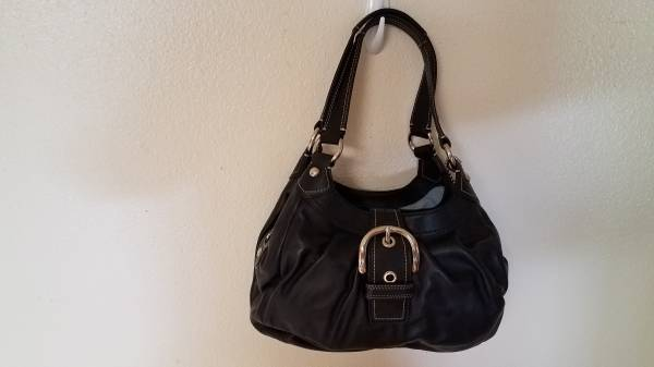 Photo Black Coach Purse NWT - $190 (Atascadero)