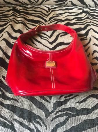 Photo Bright Red Dooney and Bourke Handbag - $50 (Arroyo Grande)
