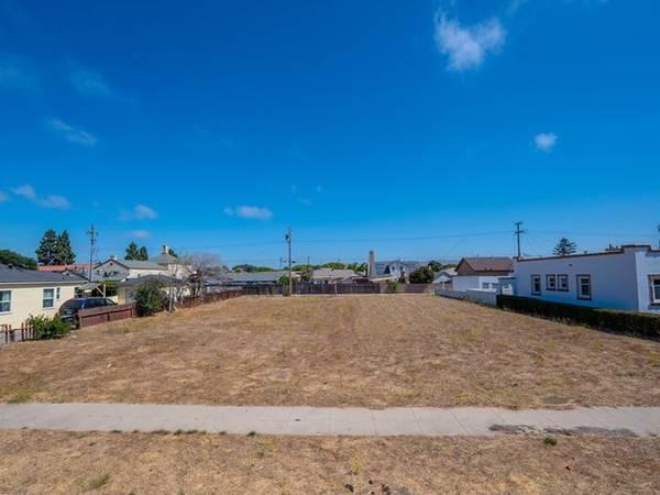 Photo Fantastic Investment Opportunity In Santa Maria - R-2 Lot (Santa Maria)