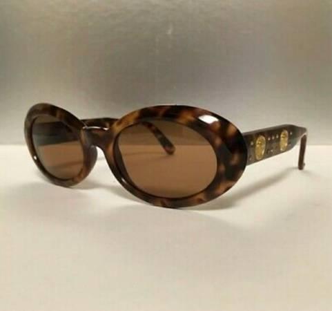 Photo GIANNI VERSACE Authentic MOD 527B Col 869OD Vintage Sunglasses Super RARE - $150 (San Luis Obispo)
