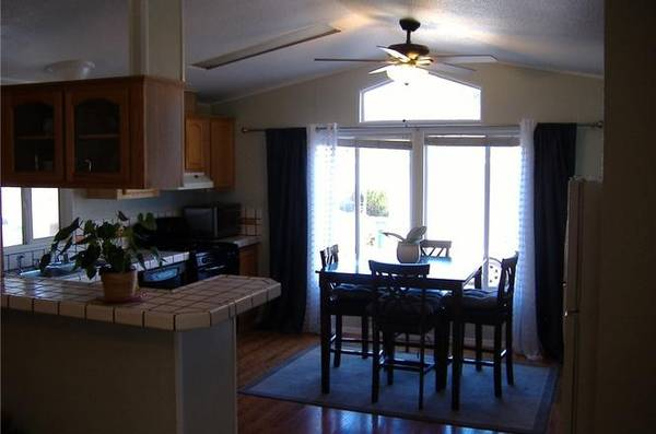 Photo Great Manufactured Home with small backyard (San Luis Obispo)