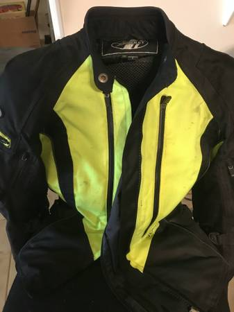 Photo Joe Rocket Female Jacket - $50 (nipomo)