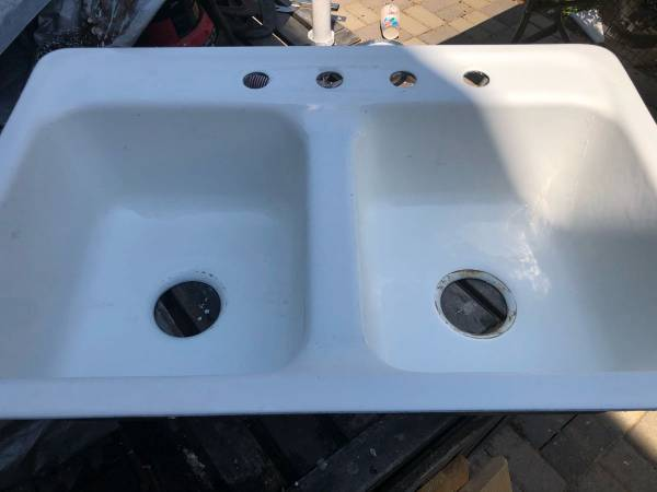 Photo Koehler Enameled Cast Iron double sink - $100