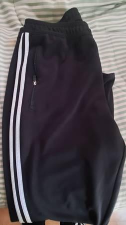 Photo Large Adidas Climacool Joggers - $12 (Arroyo Grande)