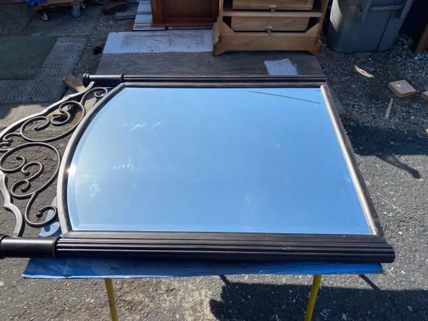 Photo Mirror beveled in a black bronze metal frame - $30 (Los Osos)