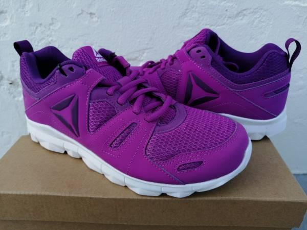 Photo Reebok Dashhex TR 2 Women39s, BS8250 Athletic, Running Shoes, Size 7.5 - $30 (Paso Robles)