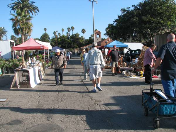 Photo SEE at The WEDNESDAY FleaYIPPY Were OPEN This Week (Ventura County Fairgrounds)