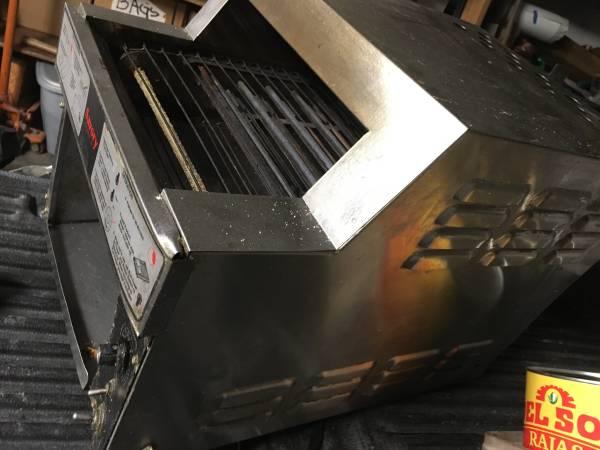 Photo Savory commercial toaster 220v - $50 (San Luis Obispo)