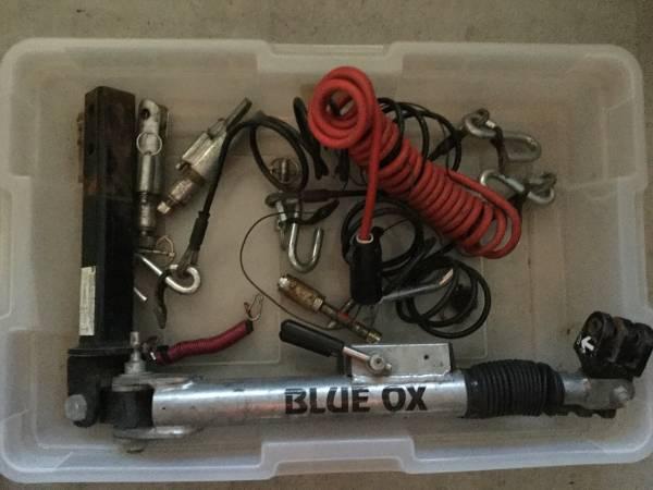 Photo Tow Bar Blue Ox - $400 (Los Osos)
