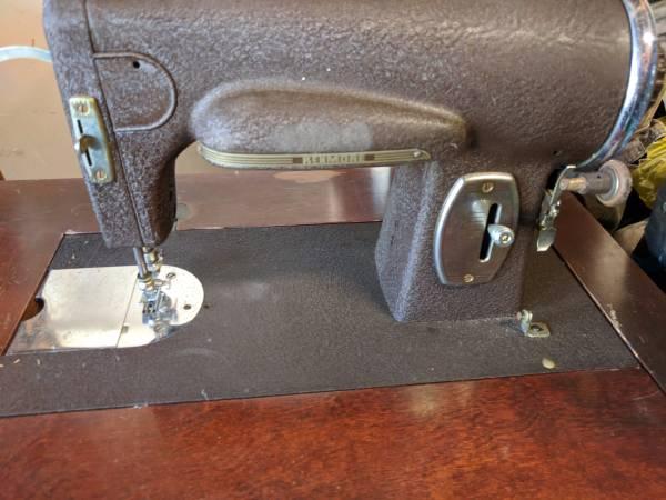 Vintage Kenmore Sewing Machine 117-3272 Circa 1938-1945 - $150 (Los Osos) |  Arts & Crafts for Sale | San Luis Obispo, CA | Shoppok