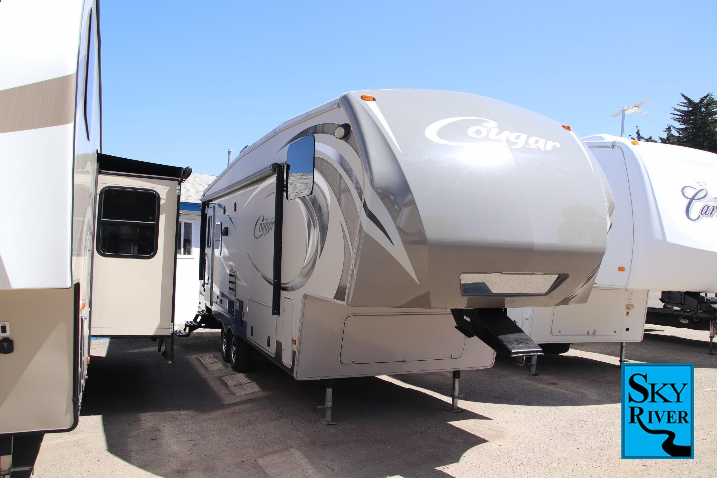 Photo 2014 Keystone Cougar High Country 291RLS $ 24851  Make an Offer