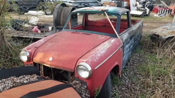 Photo 1960 datsun 1200 Pickup - $2,500 (Parkhall)