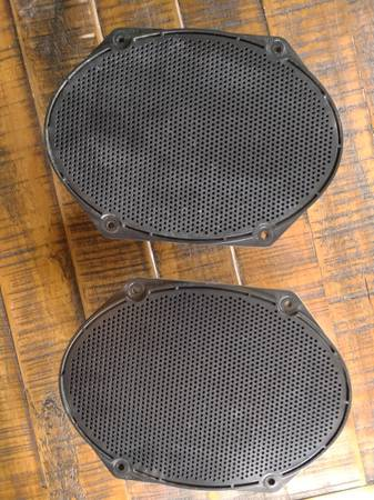 Photo 2002 ford ranger stock speakers. 6X8 inch - $50 (Callaway)