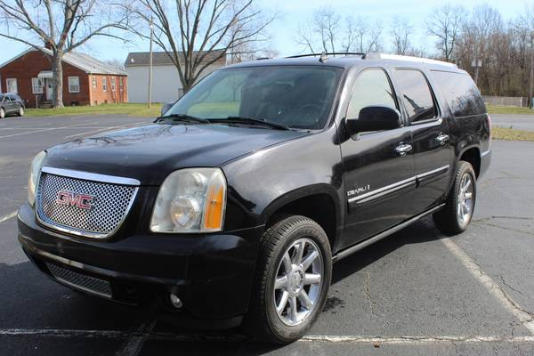 Photo 2007 GMC Yukon XL 1500 Denali Sport 4D WARRANTY FINANCING - $9997 ((240) 518-8709 GMC Yukon XL 1500)