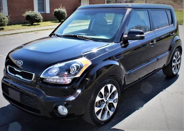 Photo 2012 Kia Soul  Wagon 4D WARRANTY FINANCING - $8,249 ((240) 518-8709 2012 Kia Soul)