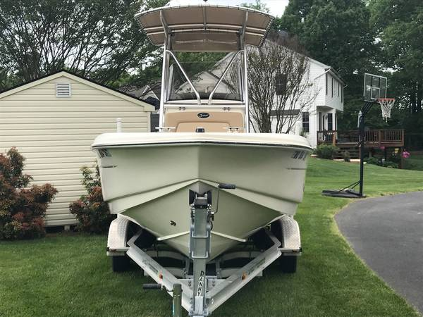 Photo 2012 Scout 210 XSF Center Console - PRICE REDUCED - $32,000 (California)