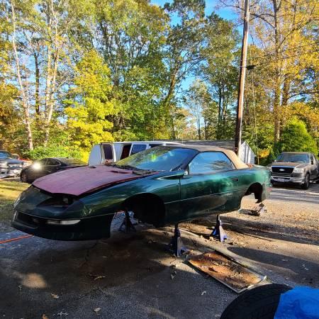 Photo 96 Chevrolet Camaro - $100 (Lusby)