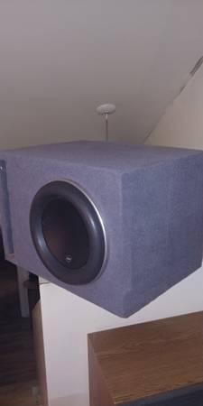 Photo Jl audio 12w7  JL Audio jx1000 1d  - $650 (Lusby)