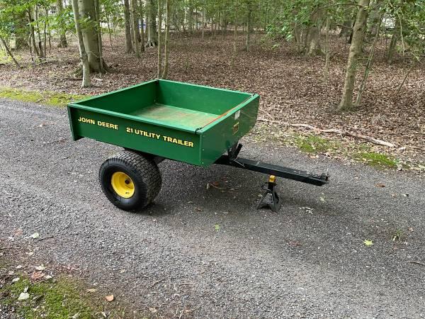 Photo John Deere 21 Utility Yard Cart Trailer - $599 (La Plata, MD)