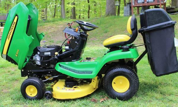 Photo John Deere X300 Lawn Tractor - $1900 (la plata)