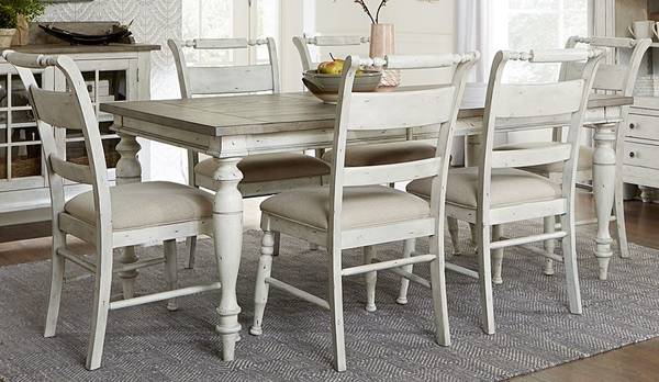Photo (Six off white sturdy oak...)Vintage estate style table and chairs - $1,425 (Southern maryland)