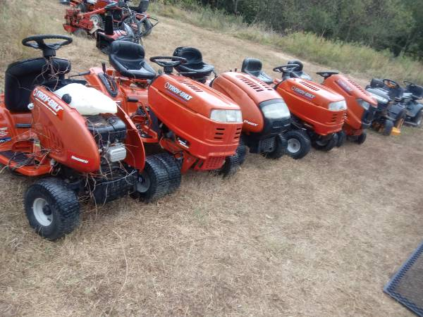 Photo Used riding mower parts and free pickup of unwanted lawn equipment - $5 (Waldorf Md.)