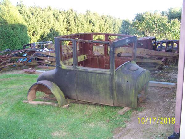 Photo 1926 Ford model t coupe body (Westville)