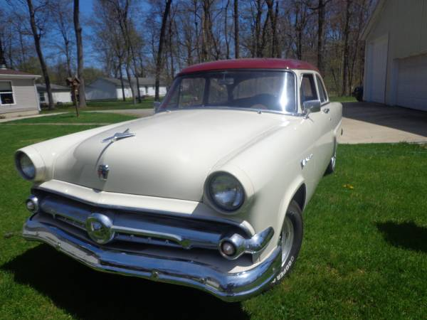 Photo 1954 ford TRADE - $12000 (Elkhart)