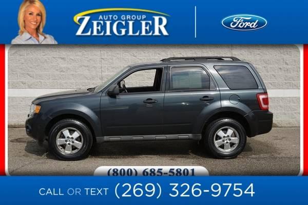 Photo 2009 Ford Escape XLT - $5,970 (_Ford_ _Escape_ _SUV_)