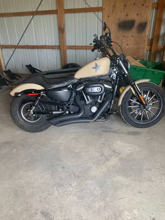 Photo 2014 Harley Davidson Sportster 883 - $5,500 (Kalamazoo, MI)
